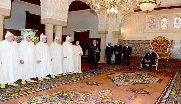 الملك يستقبل الولاة والعمال الجدد للمملكة المغربية في طنجة