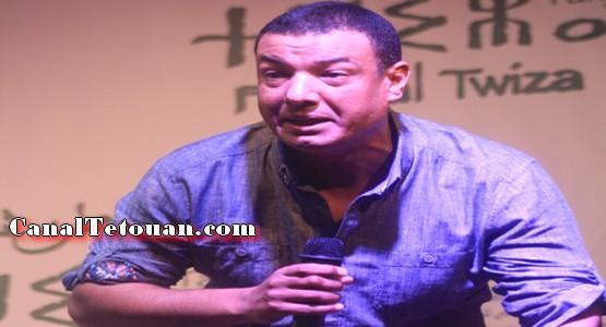 الشاعر هشام الجخ يبدع في افتتاح المهرجان المتوسطي للثقافة الامازيغية