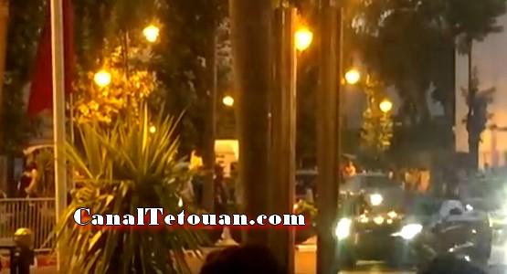 الملك يغادر مقر إقامته بالمضيق و يحل بمدينة طنجة (فيديو)