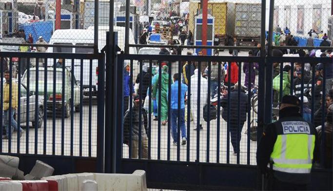 حاكم مليلية يطالب سلطات بلاده بفتح معبر حدودي جديد مع المغرب
