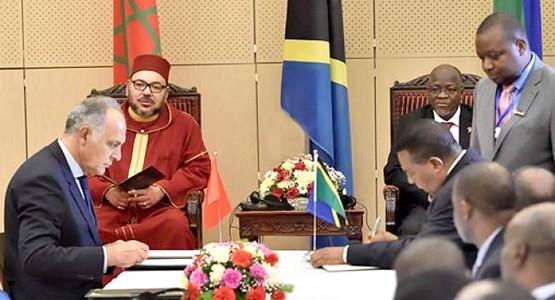 الملك محمد السادس يترأس توقيع 22 اتفاقية مع تنزانيا