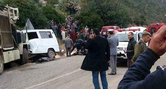 فاجعة … 10 قتلى في حادثة سير خطيرة بين واد لاو ودارقوباع (شاهد الصور)