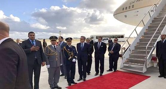 عكس كل التوقعات … الملك يقطع عطلته بكوبا ويطير على عجل إلى أمريكا ..!!
