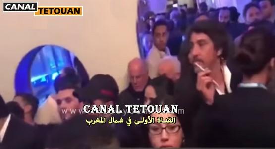 الجمهور يحاصر عمرو سعد لأخد صورة تذكارية معه بتطوان (شاهد الفيديو)