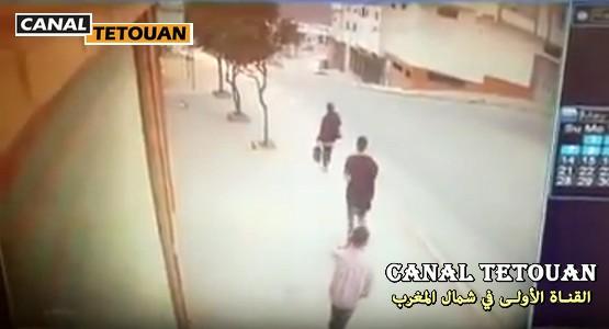 لصوص بسيارة يسرقون فتاة بعد صلاة الفجر بحي طابولة بتطوان (شاهد الفيديو)