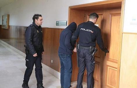 الأمن الاسباني يعتقل مهاجرا مغربيا لاعتدائه جنسيا على سيدة سبعينية