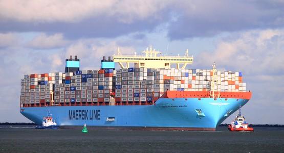 """أكبر ناقل للحاويات في العالم """"مدريد مايرسك"""" تتوقف بميناء طنجة المتوسطي"""