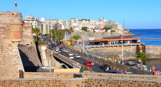 مغاربة فضلوا الاحتفال بعيد المسيرة في سبتة