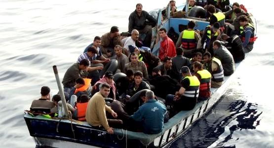 إسبانيا تعلن توقيف 6 مغاربة تسللوا بحرا إلى سبتة