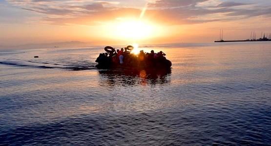 البحرية الملكية تنقذ 41 مهاجرا سريا على متن قاربين قبالة سواحل الحسيمة
