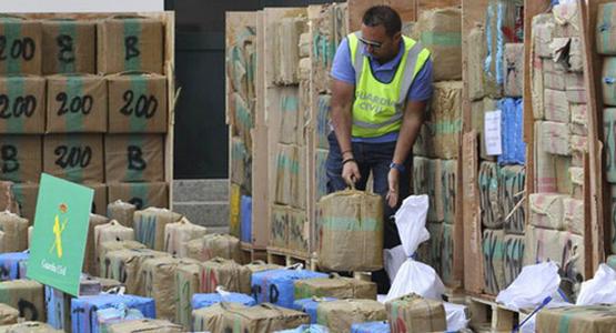 اسبانيا تحجز أزيد من ثلاثة أطنان من الحشيش قادمة من شمال المغرب