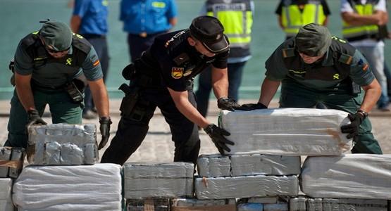"""الأمن الاسباني يفكك شبكة تنشط في تهريب """"الحشيش"""" من سبتة الى اسبانيا"""