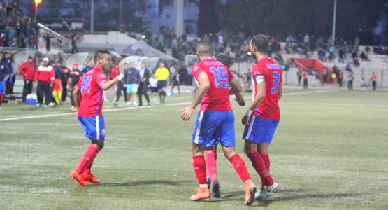 المغرب التطواني يكتفي بالتعادل أمام ضيفه الراسينغ البيضاوي