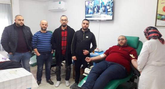 جمعية أرباب و مسيري وكالات كراء السيارات بتطوان تنظم حملة للتبرع بالدم (شاهد الصور…)