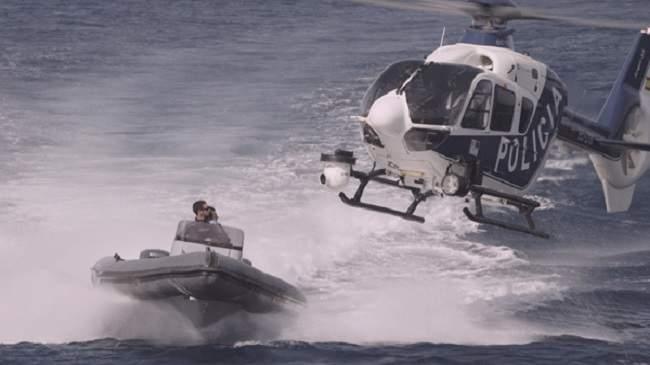 زوارق اسبانية مدعومة بمروحية تطلق النار على مغاربة في عرض البحر (+فيديو)
