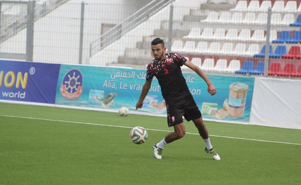 حمزة الموساوي يوقع رسميا للعساكر في عقد يمتد لثلاث سنوات