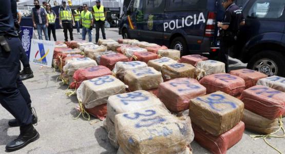 إسبانيا تفكك شبكة دولية متخصصة في تهريب الحشيش من شمال المغرب