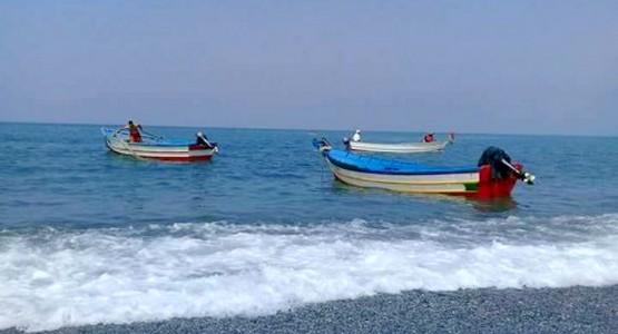 وزارة أخنوش تمنع قوارب الجبهة من الجولات البحرية السياحية