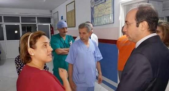 بالصور … وزير الصحة يفاجئ مستشفى تطوان بزيارة في جنح الليل