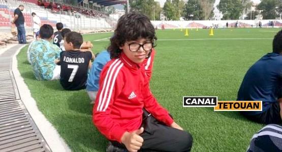 ريان الشرفي من تطوان أصغر مشجع للمنتخب المغربي بروسيا