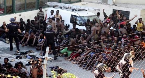 اغتنموا عطلة عيد الاضحى … 115 مهاجرا على الأقل يتسللون من المغرب نحو سبتة المحتلة