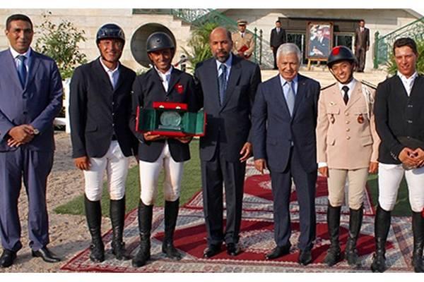 الفارس علي الأحرش يفوز بالجائزة الكبرى بحلبة الإيبيكا بتطوان