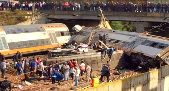 فاجعة بوقنادل.. الدماء تسيل على سكة الحديد ومواطنون ينتشلون الضحايا في غياب الإسعاف..أنباء عن 5 ضحايا -صور-