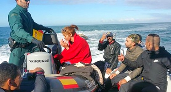 بحرية سبتة تعترض قاربا على متنه 11 مهاجرا مغربيا