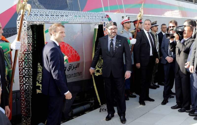 """الملك محمد السادس والرئيس الفرنسي يدشنان القطار فائق السرعة """"البراق"""""""