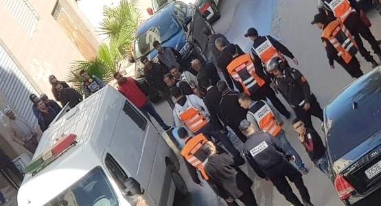 إعادة تمثيل جريمة سرقة محلات تجارية بأحياء سانية الرمل والتقنية بتطوان