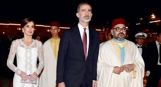 تفاصيل عشاء الأسرتين الملكيتين المغربية والإسبانية (شاهد الصور)