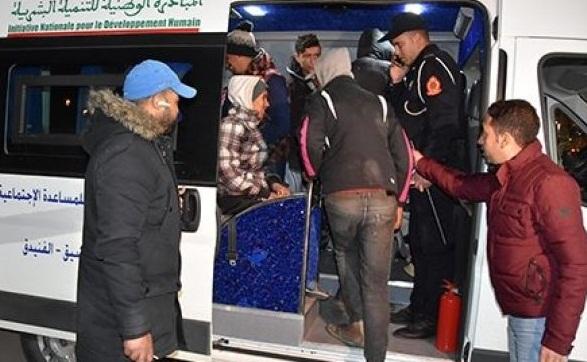 """استفادة حوالي 180 شخصا من حملة """"الشتاء الدافئ"""" على مستوى مدينة الفنيدق"""