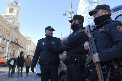 """بالصور … إطلاق الرصاص صوب مسجد """"مولاي المهدي"""" بسبتة المحتلة"""