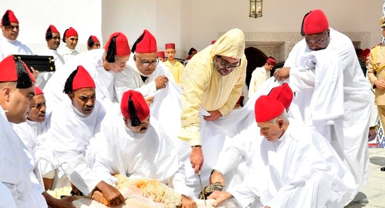 لأول مرة .. الملك محمد السادس يقيم صلاة عيد الأضحى ومراسيمه بتطوان