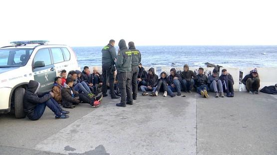 الحرس المدني الإسباني يوقف 37 طفلا مغربيا حاولو الهجرة انطلاقا من سبتة