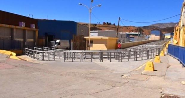 مدريد تعترف بتضرّر اقتصاد سبتة المحتلة وتمد اليد إلى المغرب