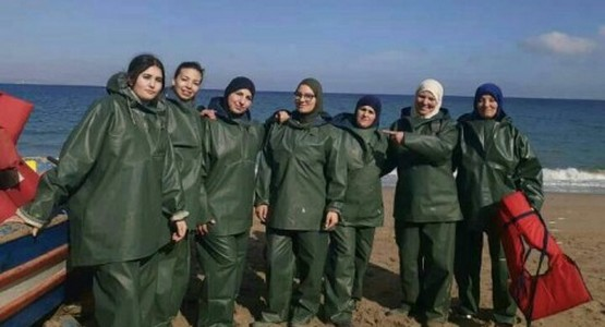 """نساء """"بليونش"""" ينافسن الرجال في مجال الصيد البحري التقليدي"""