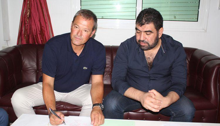 بسبب النتائج السلبية  .. المغرب التطواني يقيل المدرب الإسباني أنخيل  فياديرو