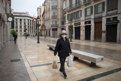 إسبانيا فارغة في أول أيام الطوارئ بسبب كورونا