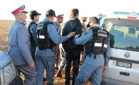 إيقاف 12 شخصا تسللوا إلى شفشاون على الأقدام قادمين من طنجة
