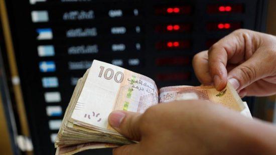 تحسن سعر صرف الدرهم أمام الدولار بـ 0,78 في المائة