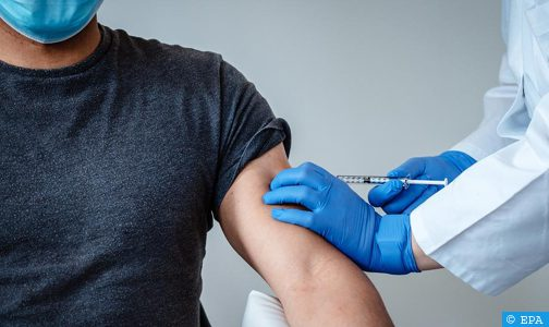 """نتائج التجارب السريرية حول اللقاح المضاد لفيروس """"كورونا"""" في المغرب مطمئنة وتبعث على التفاؤل (خبراء)"""