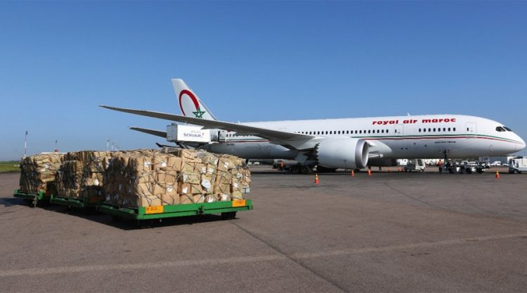 الشحنة الاولى من اللقاح البريطاني ''استرازينيكا'' تصل الى مطار الدار البيضاء