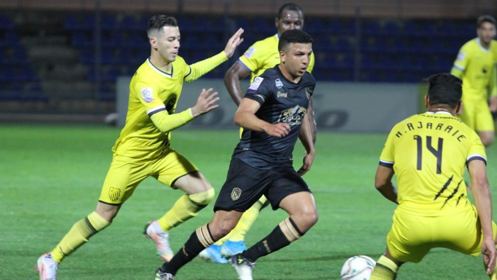 المغرب التطواني يعود بنقطة التعادل أمام المغرب الفاسي