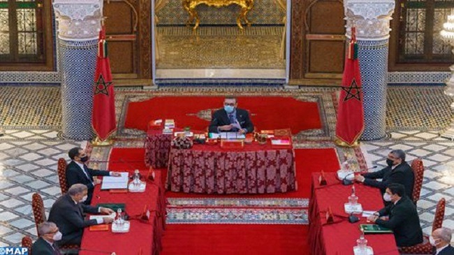 الملك محمد السادس يستفسر حول فاجعة طنجة ووزير الداخلية يجيب