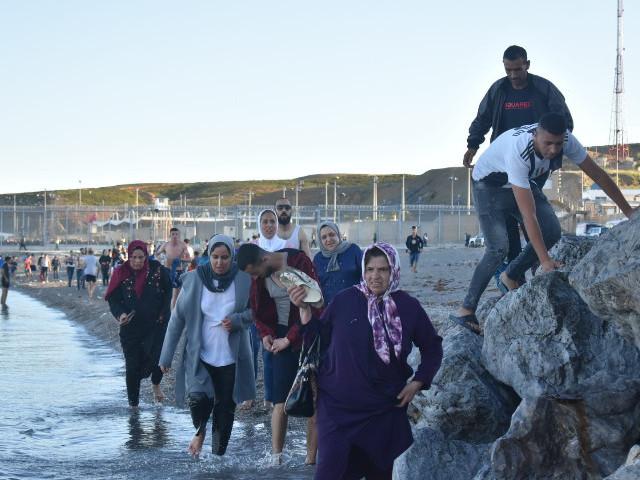 أوروبا تطالب المغرب بحماية سبتة المحتلة