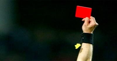 بطاقة حمراء تتسبب في بتر ذراع حكم في إسبانيا