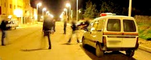 عصابة مدججة بالسيوف تزرع الرعب في فاس وتطارد رجال الأمن