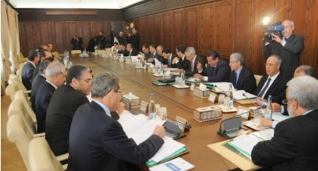 مجلس الحكومة يصادق على وقف تنفيد خمسة عشر مليار درهم