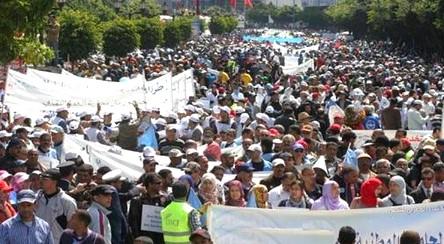 إحتفالات بعيد العمال و تبادل الإنتقاذات بين شباط وبنكيران